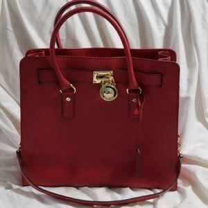 Authentic (MK) Michael Kors purse